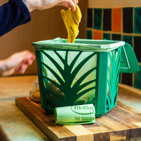 6 litre compostable bag in use